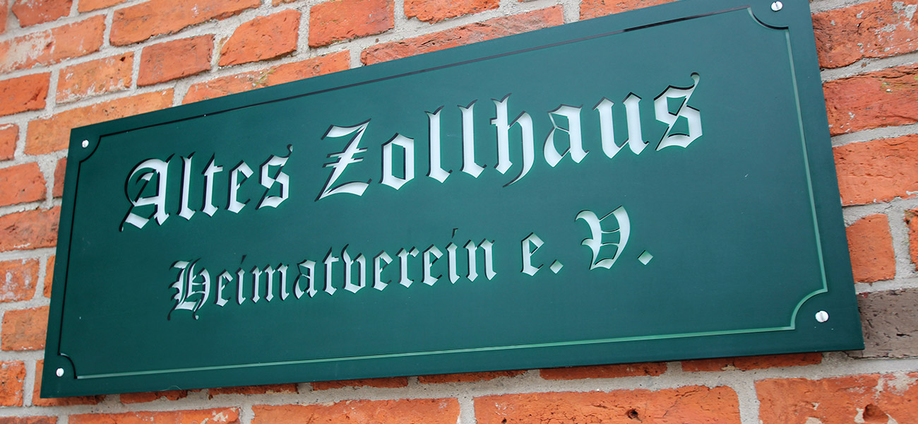 """Schild """"Altes Zollhaus"""""""